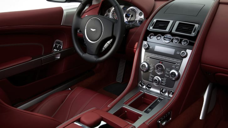 2013 Aston Martin DB9 - Interior