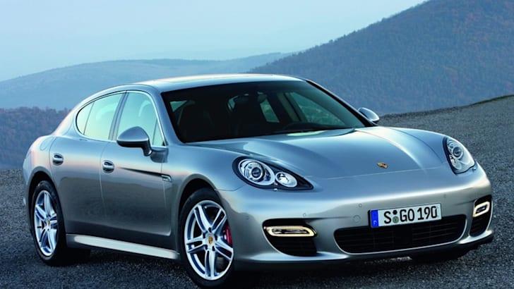 2010-Porsche-Panamera-1
