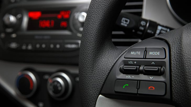 2016 Kia Picanto audio and phone control in steering wheel.
