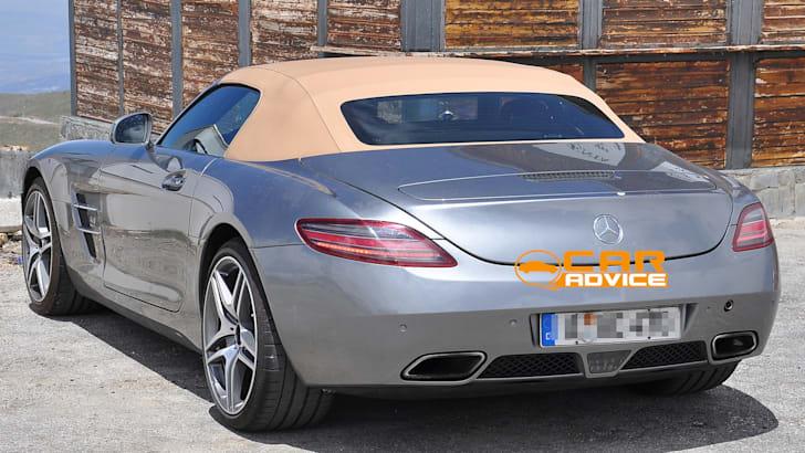 Mercedes-Benz-SLS-AMG-6