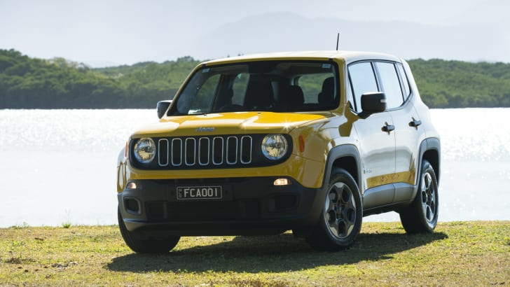 2015 Jeep Renegade_02