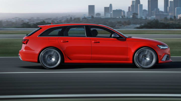 2016_audi_rs-6_avant_performance_overseas_11