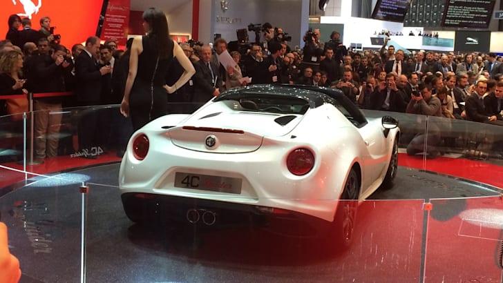 Alfa-Romeo-4C-Spider-08