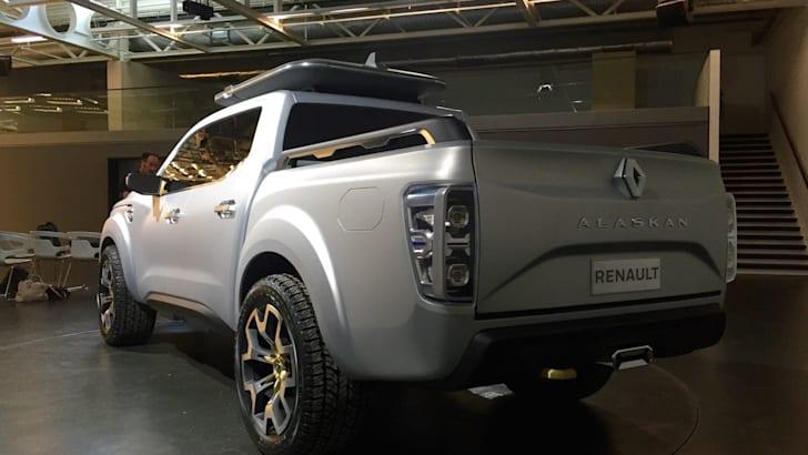 Renault Alaskan4