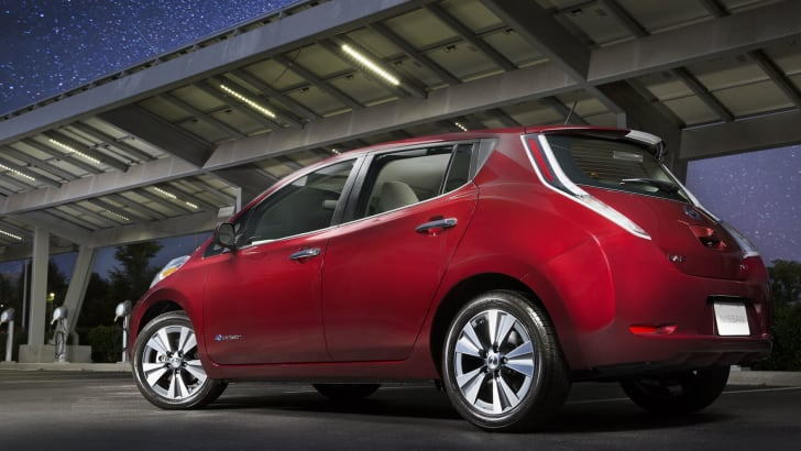 nissan-leaf-us-rear