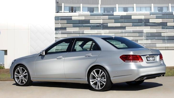 2014-Mercedes-Benz-E-Class-E250-E200-045