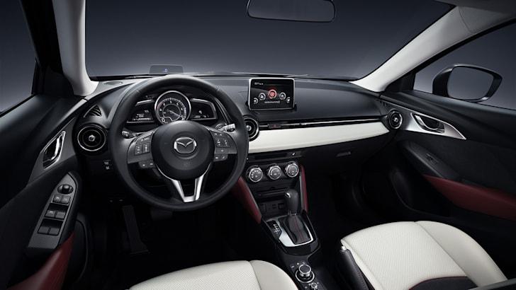 Mazda-CX3-Interior-leak