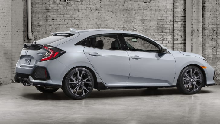 2017 Honda Civic Hatchback Debut Photo 2