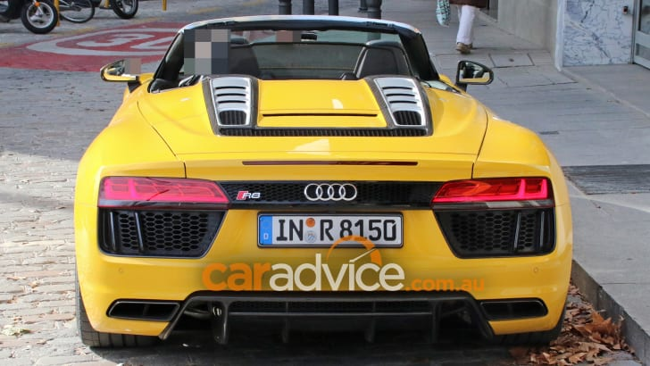 2017_audi_r8-spyder_spy-photos_no-camouflage_06