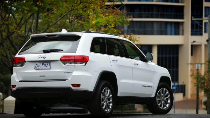 Jeep Grand Cherokee Laredo rear 3q