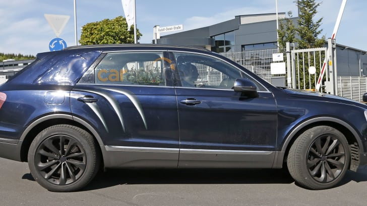 bentley-bentayga-spy-6-side