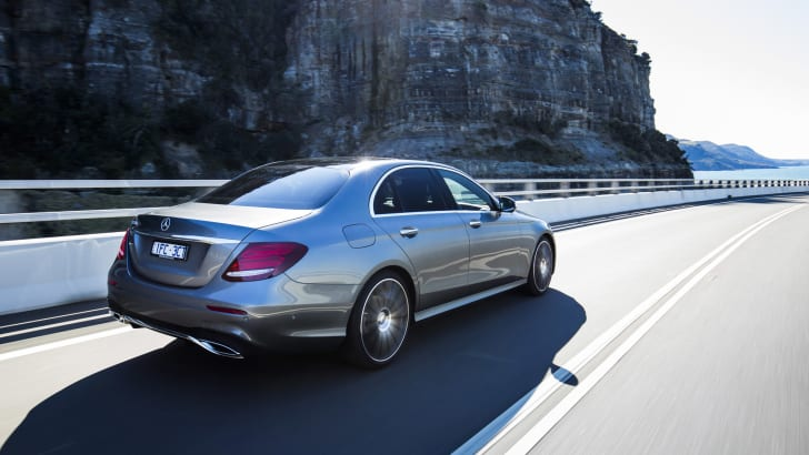 2016-Mercedes-Benz-E-Class-25