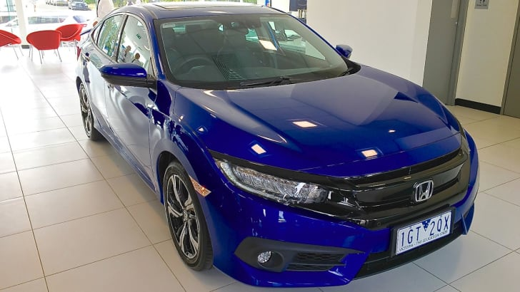 2017 Honda Civic sedan RS_1