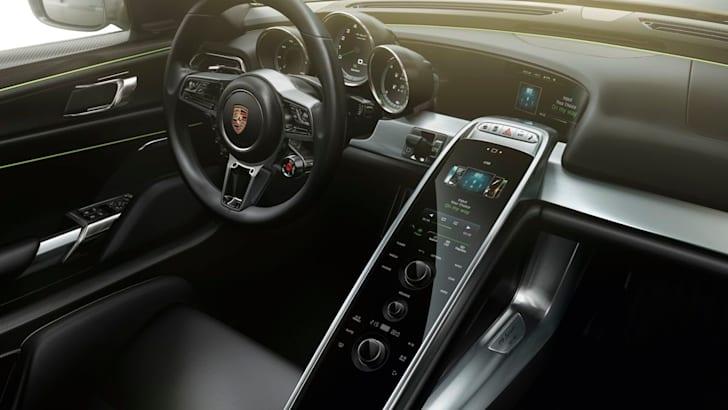 Porsche 918 Spyder11