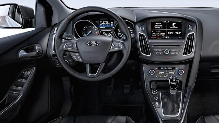 2015-ford-focus-2