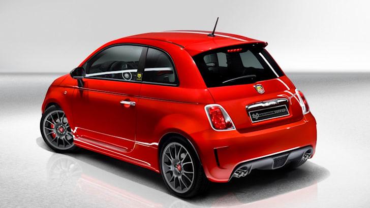 Fiat_500_Abarth_695_Tributo_Ferrari_02a