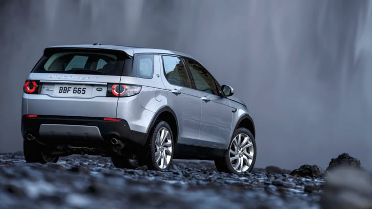 Land Rover Discovery Sport rear waterfall