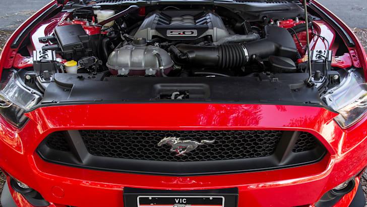 ford-mustang-v8-fastback-feb2016-29