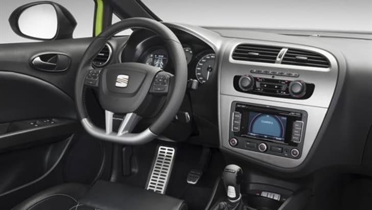 Seat-Leon-1610993540831413x1060