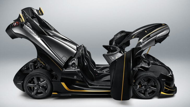 koenigsegg-agera-rs-gryphon-side
