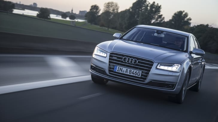 audi-a8-matrix-led-1