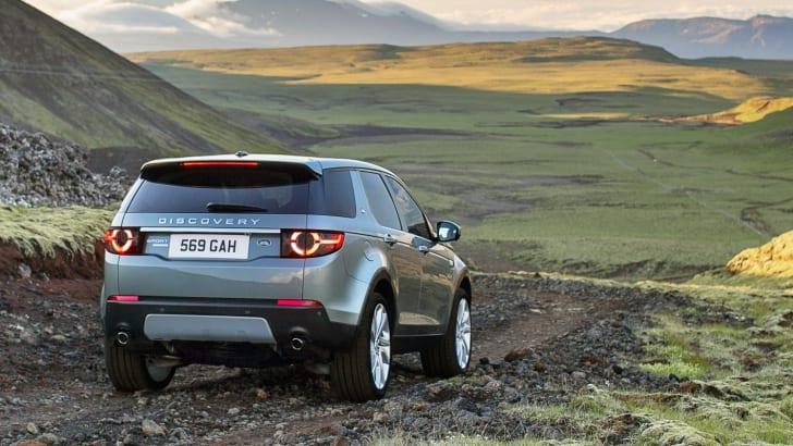 2015-Land-Rover-Discovery-Sport-9