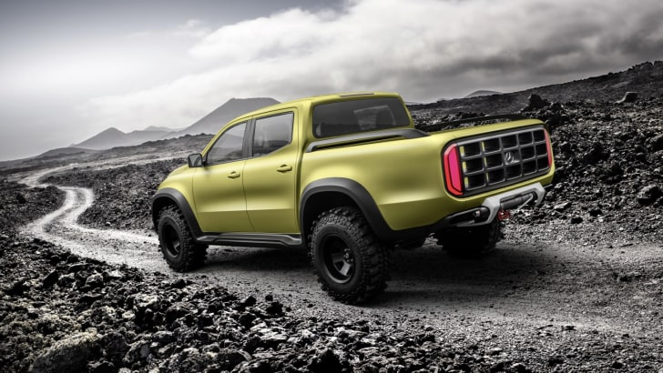 mercedes-benz-concept-x-class-powerful-adventurer_6