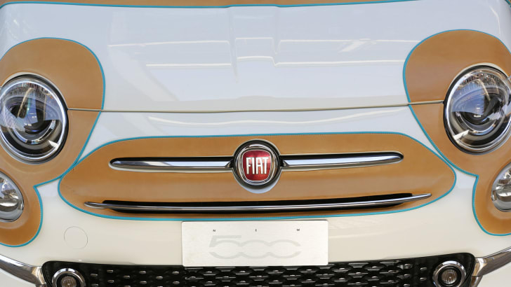 fiat-500-defend-gala-front