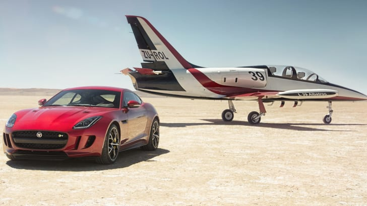 jaguar-f-type-awd-3
