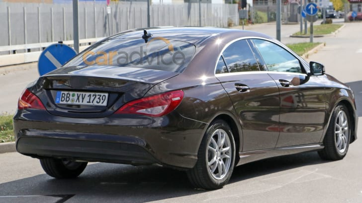 mercedes-benz-cla-facelift-spy-9-rear