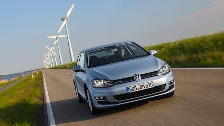 Volkswagen-Golf-TDI-BlueMotion-2