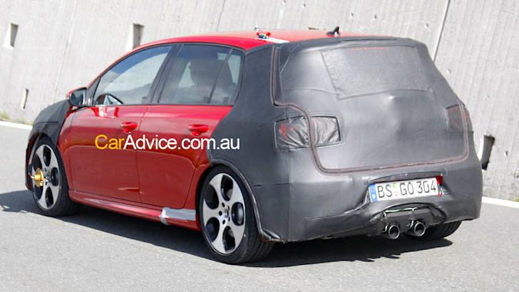 VW-Golf-R20-file-002