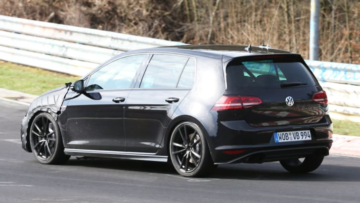 VW Golf R spy 2