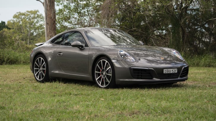 2017-Porsche-911-Carrera-S-Review - 18