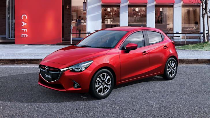 2015 Mazda 2_5