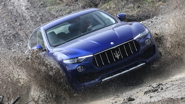 2017-Maserati-levante-press-07