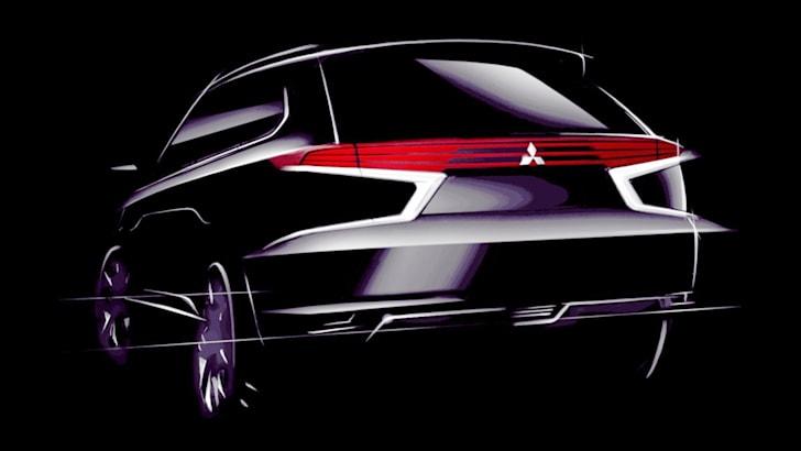 Mitsubishi Outlander PHEV Concept-S - rear