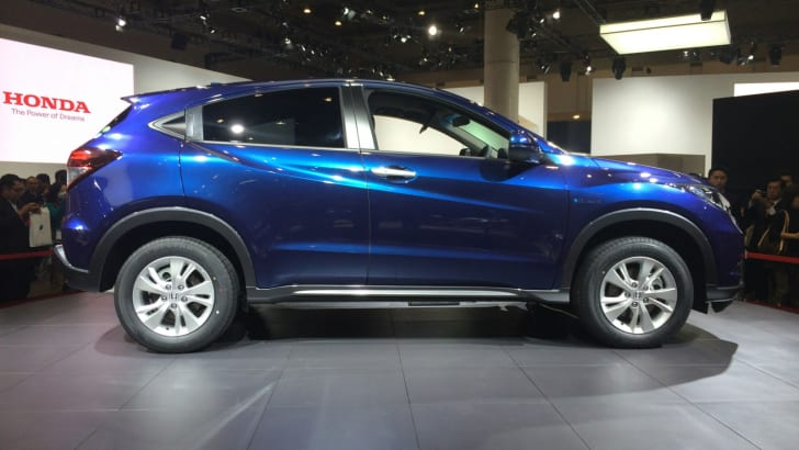 Honda-Vezel-2014-2