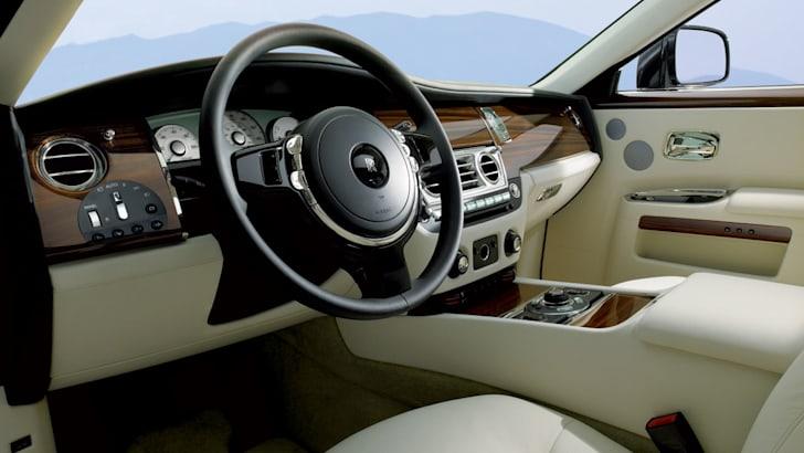 Rolls-Royce-Ghost-interior-