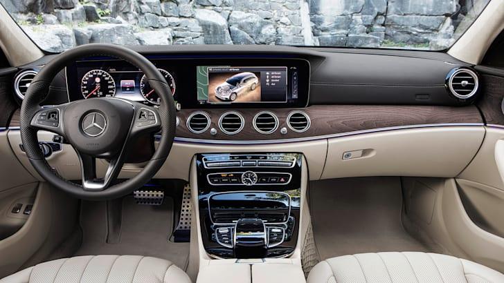 Mercedes-Benz E-Klasse All Terrain; Outdoor; 2016; Interieur: Leder Nappa macchiatobeige/espressobraun // Mercedes-Benz E-Class All Terrain; outdoor; 2016; interior: napp leather macchiato beige/esspresso brown
