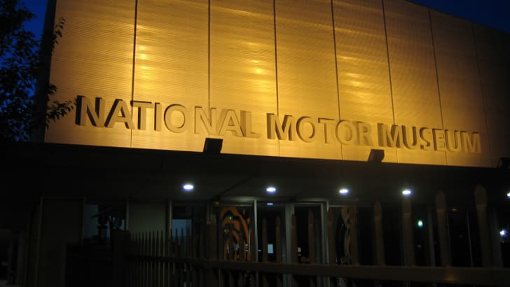 national_motor_museum_01