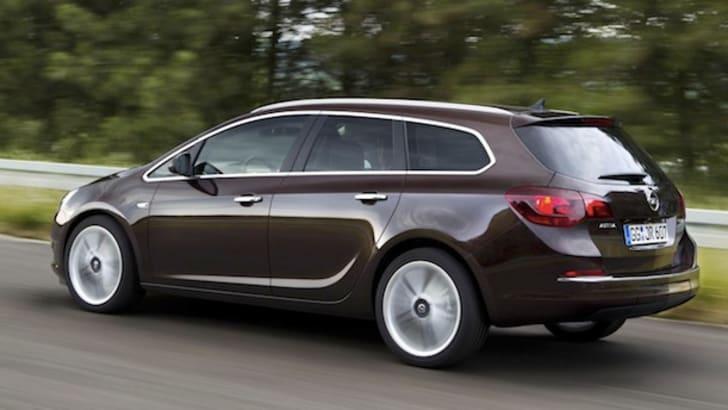 Opel Astra Wagon - 1