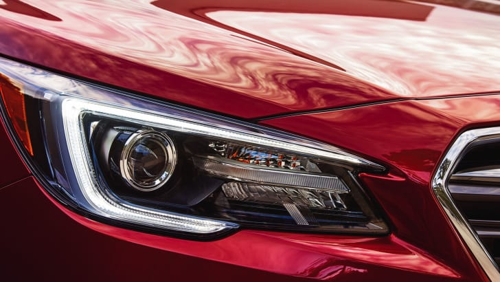 subaru-liberty-facelift-headlight