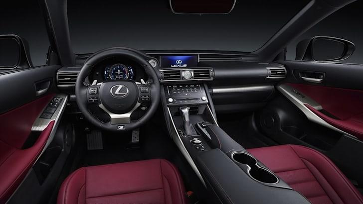 2017 Lexus IS_6