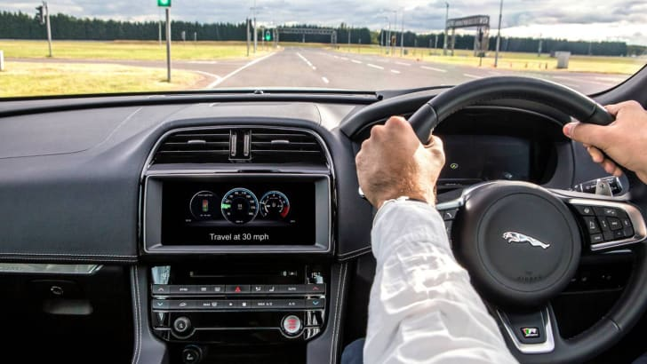 jlr_autonomous_connected_tech_uk-autodrive_08