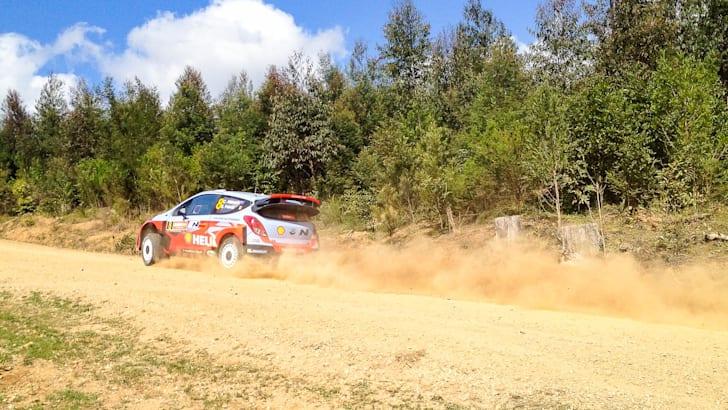 Hyundai i20 WRC hot laps with Chris Atkinson - 10