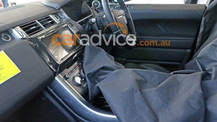 range-rover-sport-facelift-spy-10-interior