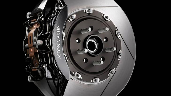 Aston Martin Vantage SP10 - 3