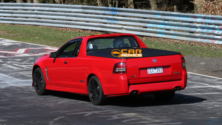Holden-VF-Commodore-Ute-SS-rear
