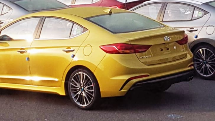 hyundai_elantra_sr_spy-photo_02